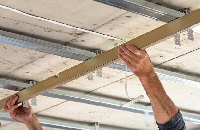 Top Gyproc plafond plaatsen: prijs, soorten en opbouw verlaagd plafond LF67